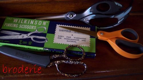 Scissors 003